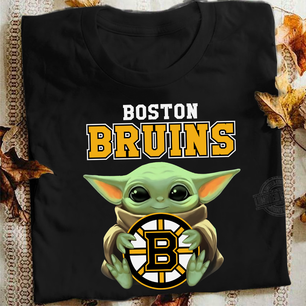 Baby Yoda Hug Boston Bruins Shirt